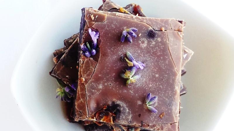 makrobiotikus levendulás nyers csokoládé