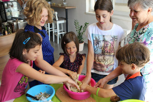 Összefoglaló a júliusi anya-gyerek makrobiotikus főzőkurzusról