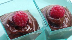 Mennyei csoki mousse 4 hozzávalóból 5 perc alatt